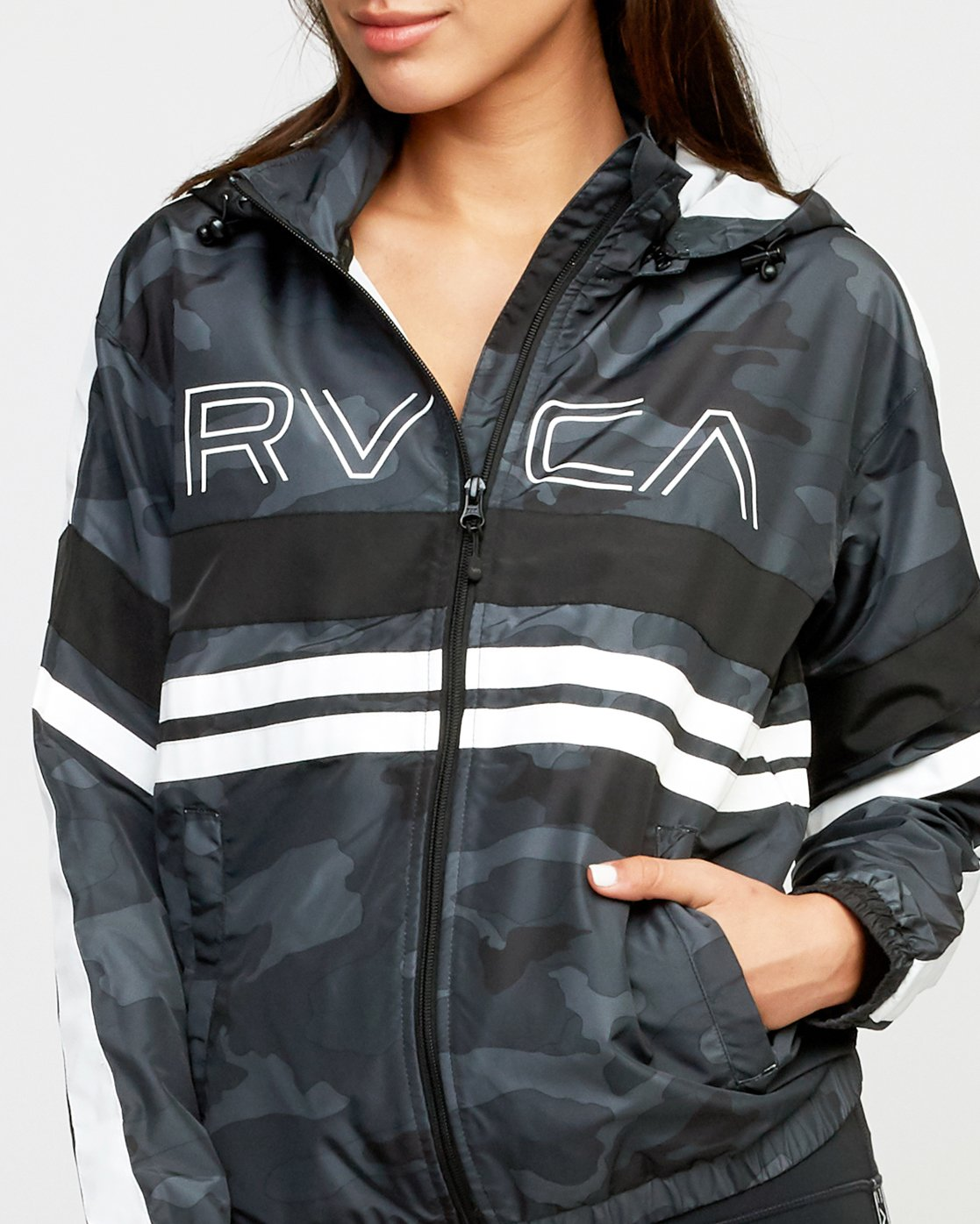 4 VA Team Jacket  T701QRTE RVCA