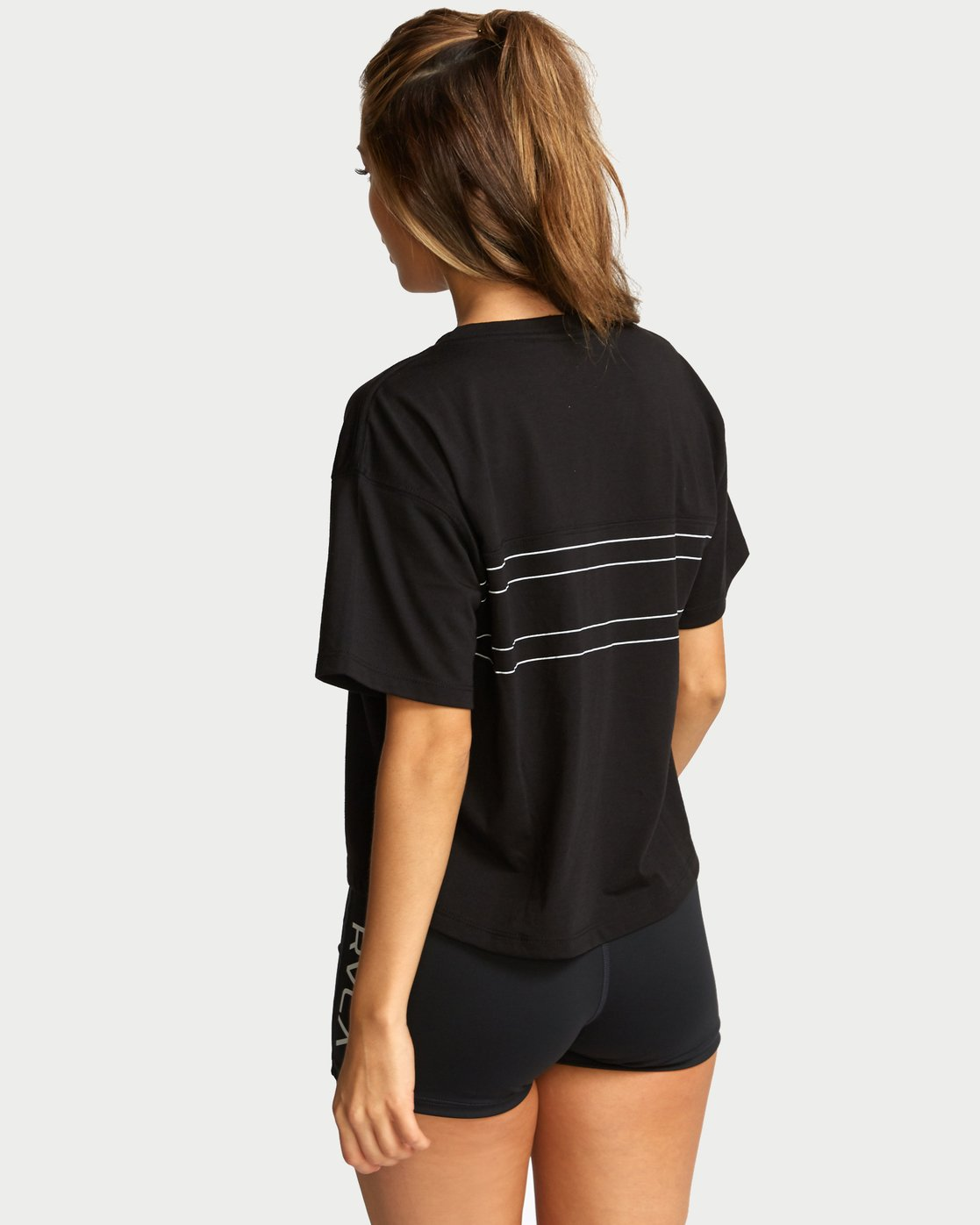 3 V Boxy Sport T-Shirt Black T903VRTE RVCA
