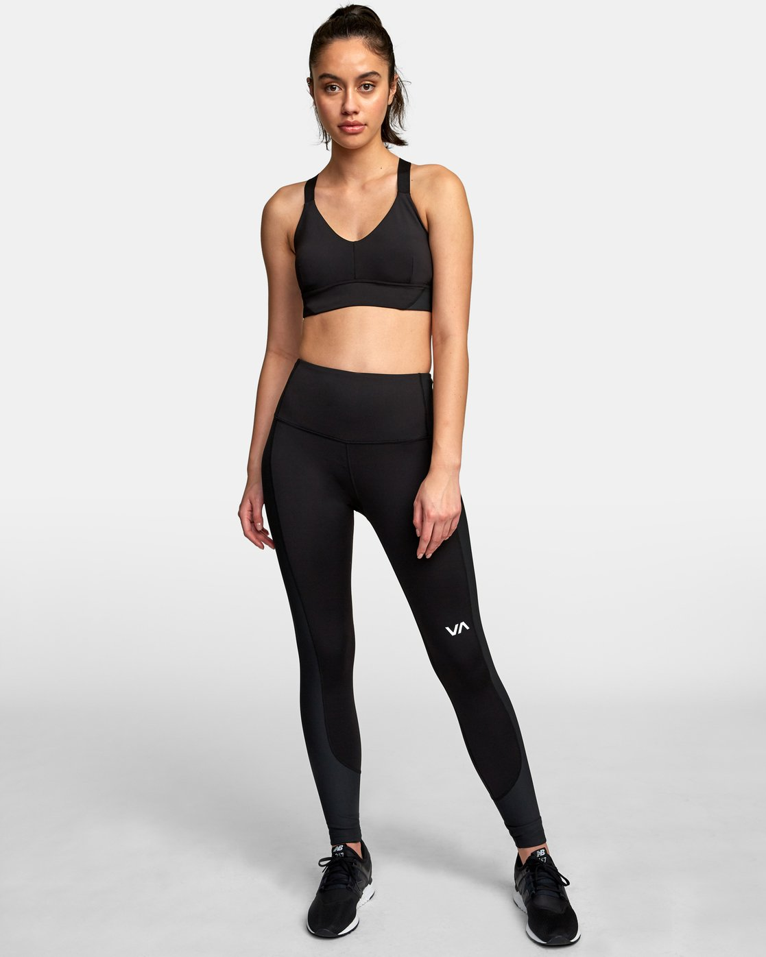 4 VA Ultra Sports Bra Black TQ01VRUB RVCA