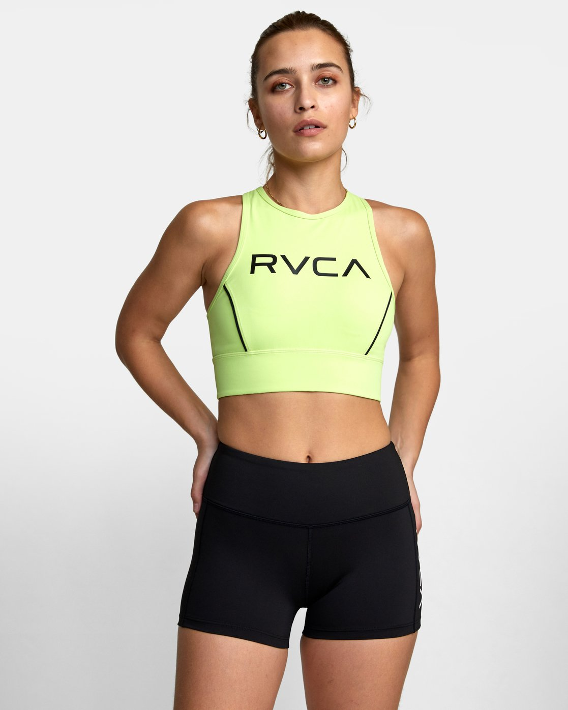 3 VA Fitted Short Black TQ51QRSH RVCA