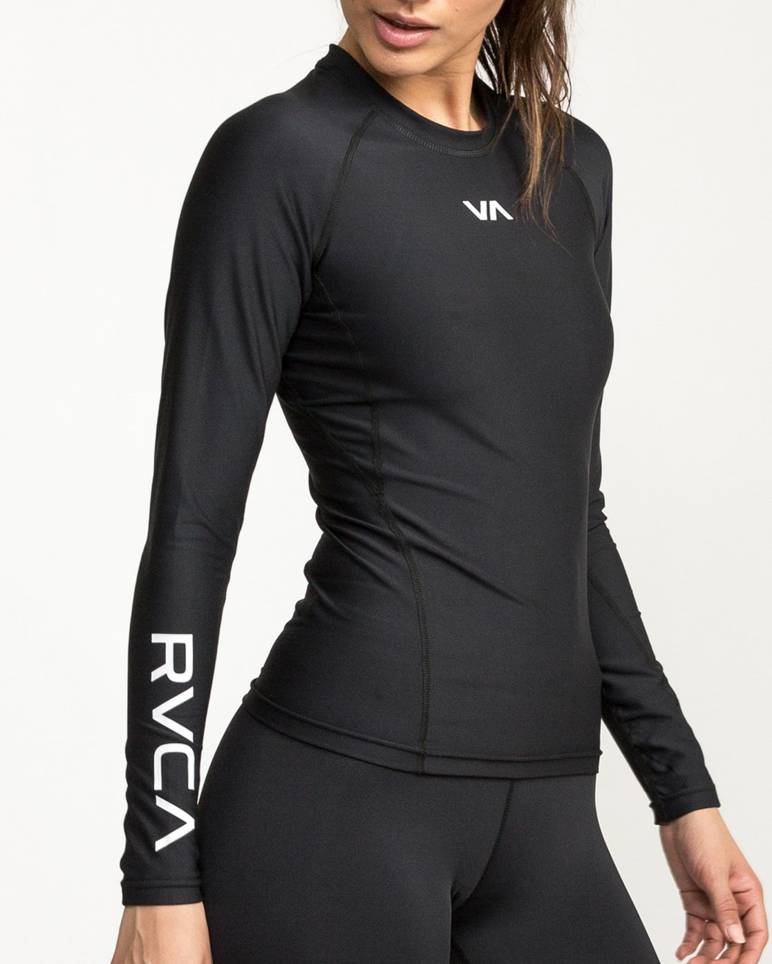 4 VA Performance Long Sleeve Shirt Black TR73QRJL RVCA
