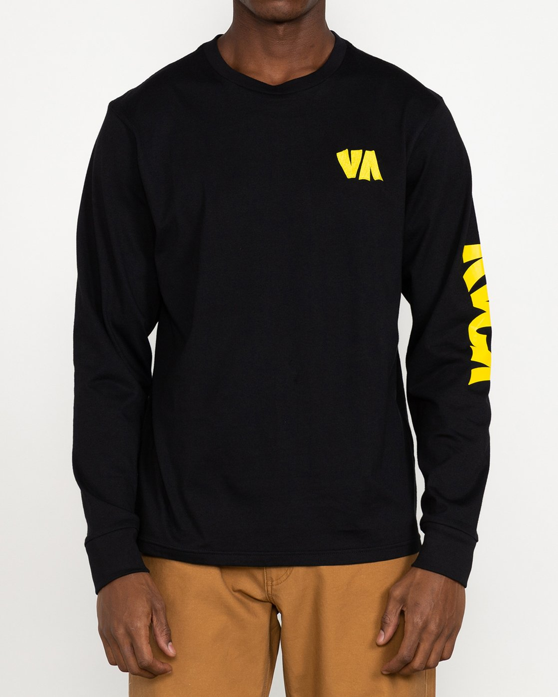 6 Roberto Rodriguez Redondo - Long Sleeve T-Shirt for Men Black U1LSRKRVF0 RVCA