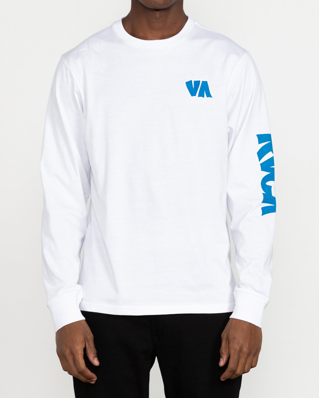 2 Roberto Rodriguez Redondo Roberto - Long Sleeve T-Shirt for Men White U1LSRKRVF0 RVCA