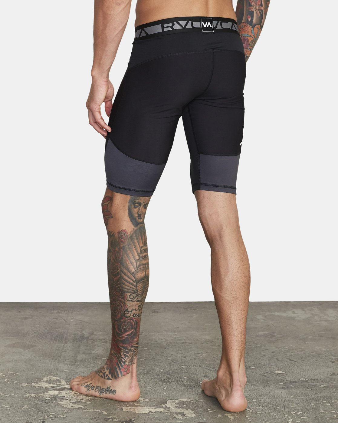 3 VA Sport - Short de compression pour Homme Noir U4WKMIRVF0 RVCA