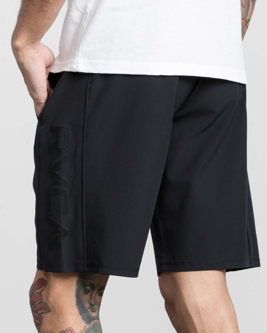 "7 Affiliate 19"" Sport Short Black V201PRAF RVCA"