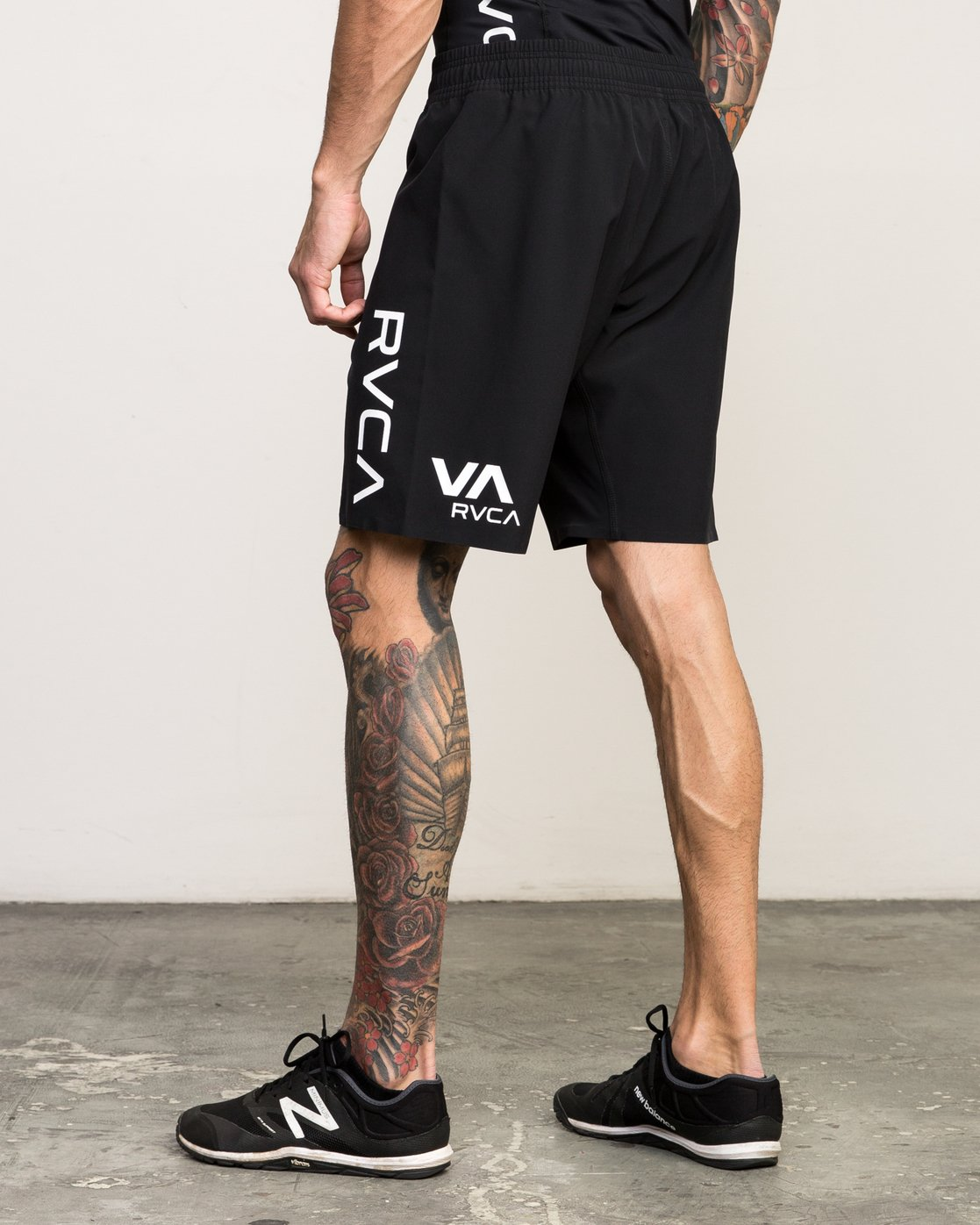 "3 Scrapper 2 19"" Short Black V201QRSC RVCA"