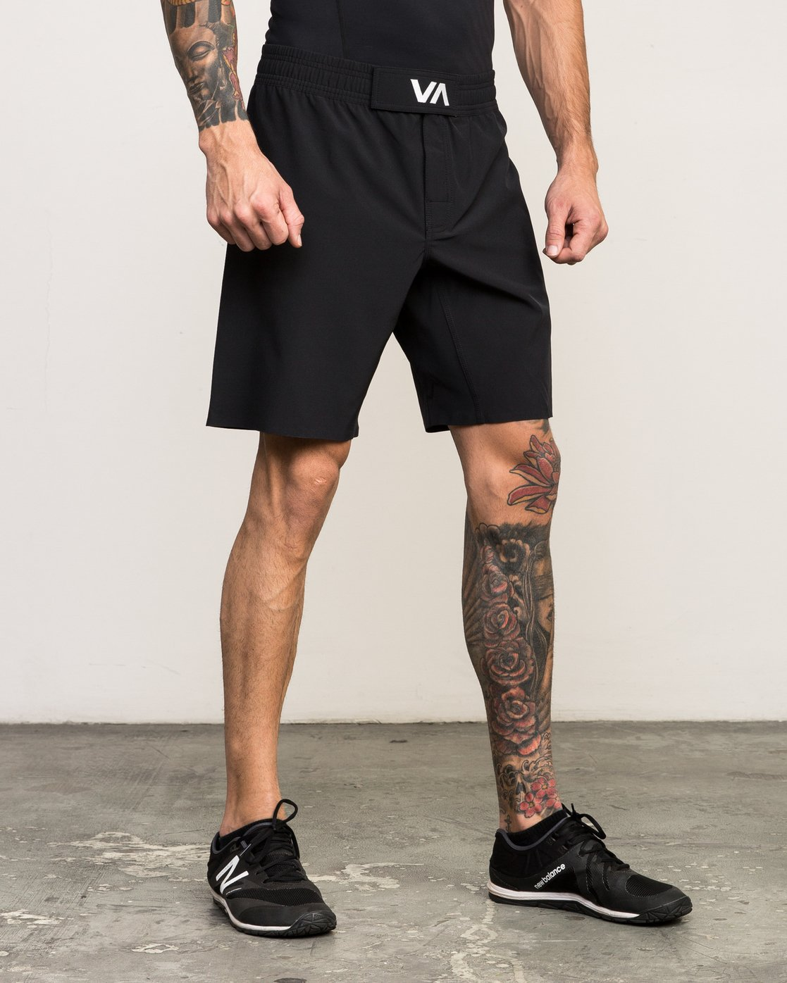 "6 Scrapper 2 19"" Short Black V201QRSC RVCA"