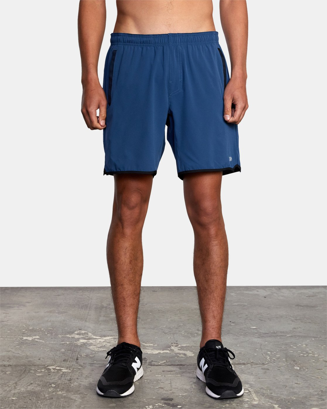 "2 YOGGER STRETCH ATHLETIC SHORTS 17"" Blue V201TRYS RVCA"