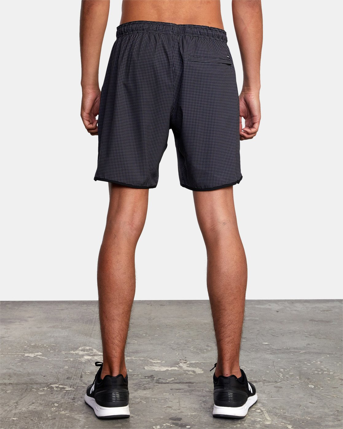 "3 YOGGER STRETCH ATHLETIC SHORTS 17"" Black V201TRYS RVCA"