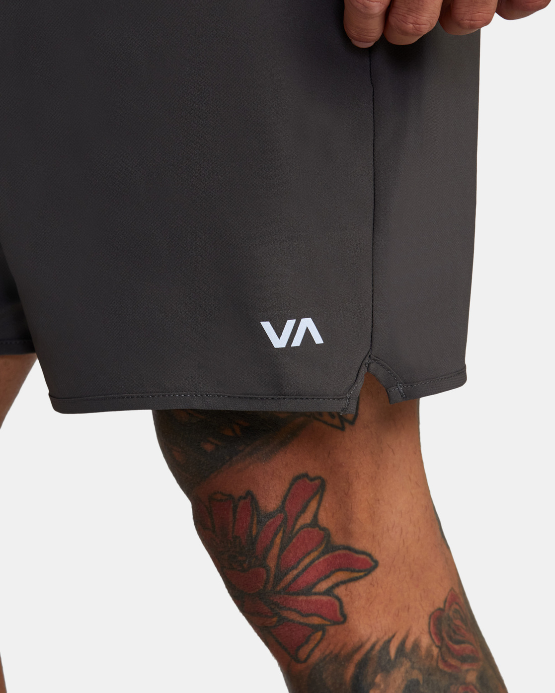 "11 YOGGER STRETCH ATHLETIC SHORTS 17"" Grey V201TRYS RVCA"