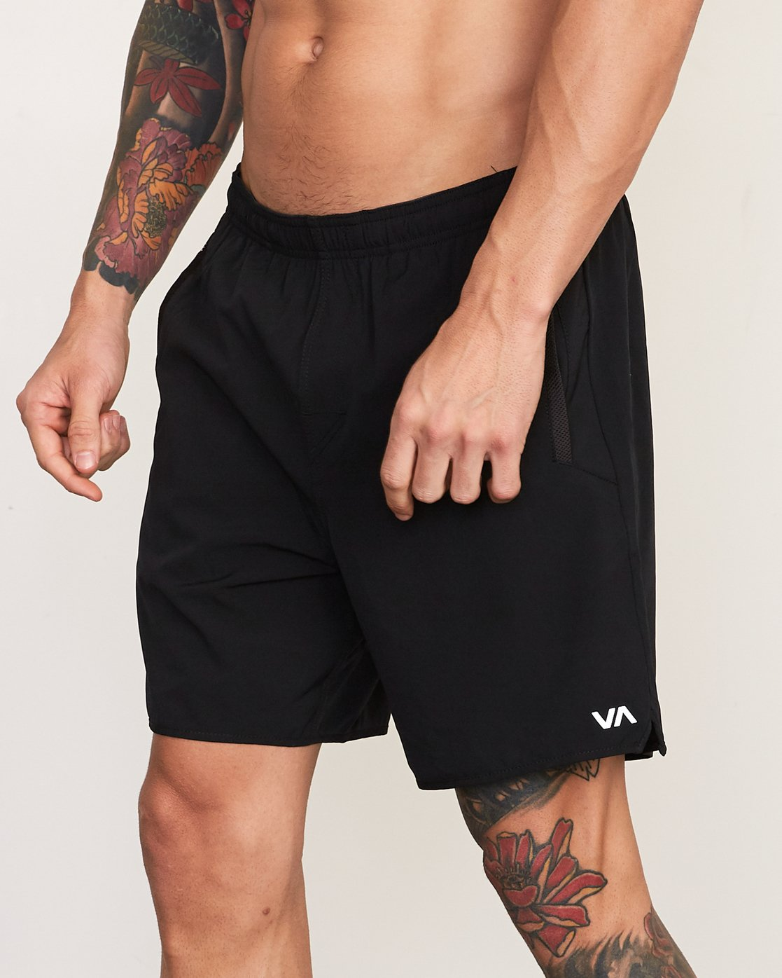 "3 YOGGER STRETCH recycled 17"" workout SHORT Black V201TRYS RVCA"