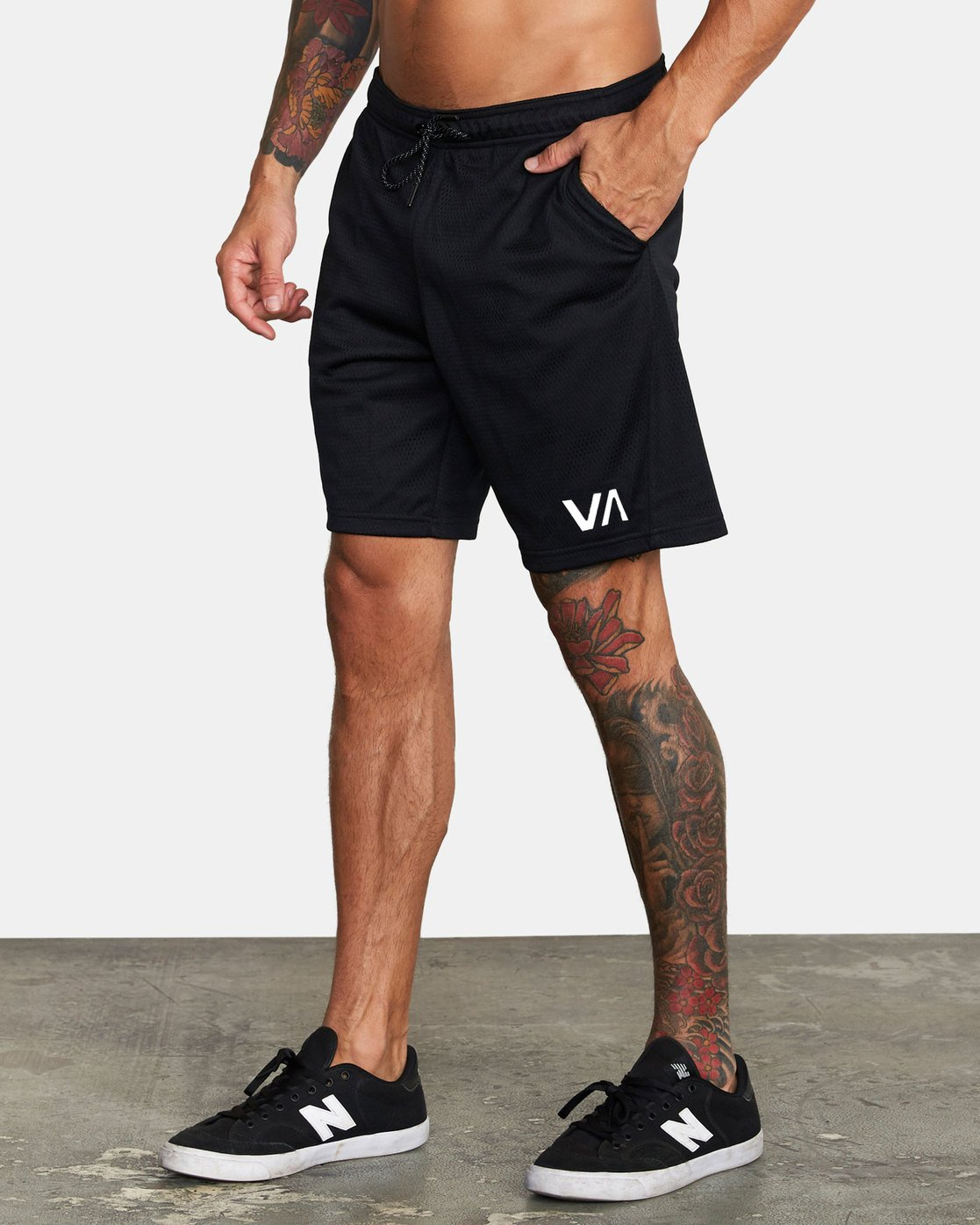 "2 VA MESH 20"" WORKOUT SHORT Black V2033RME RVCA"