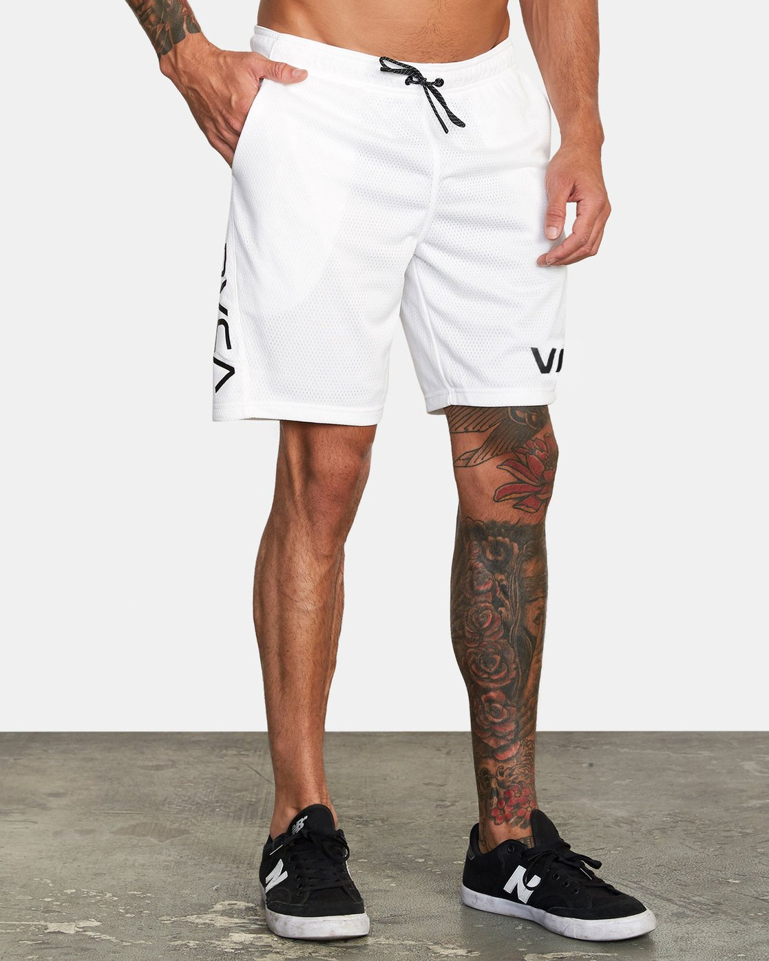 "6 VA MESH 20"" WORKOUT SHORT White V2033RME RVCA"