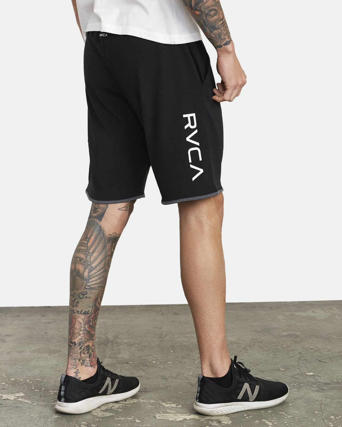 "4 SPORT III 20"" SHORT Black V2051RSS RVCA"