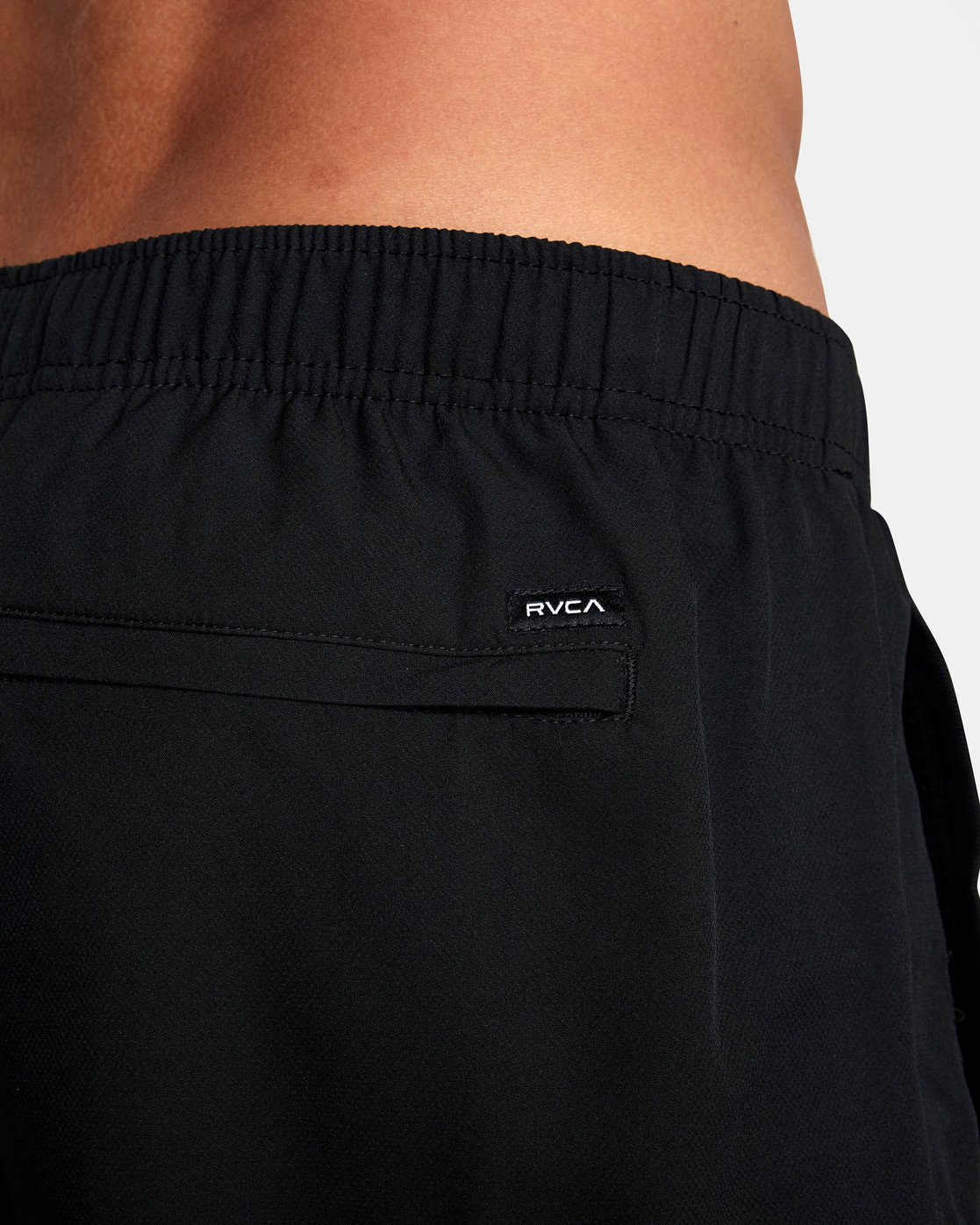 "10 YOGGER IV ATHLETIC SHORTS 17"" Black V2091YGR RVCA"