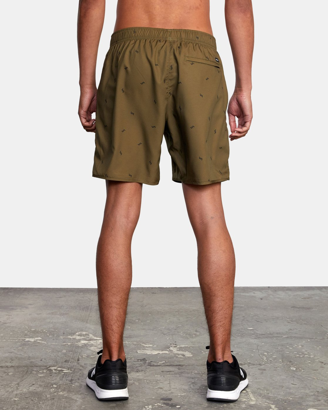 "3 YOGGER IV ATHLETIC SHORTS 17"" Brown V2091YGR RVCA"