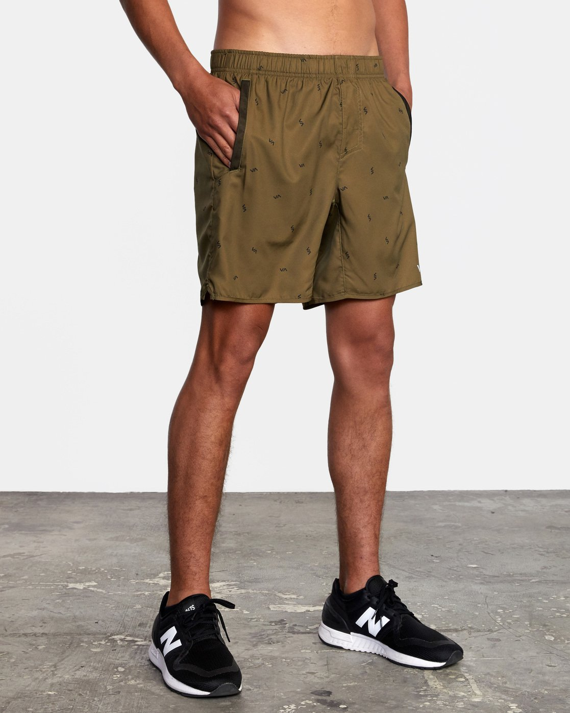 "7 YOGGER IV ATHLETIC SHORTS 17"" Brown V2091YGR RVCA"