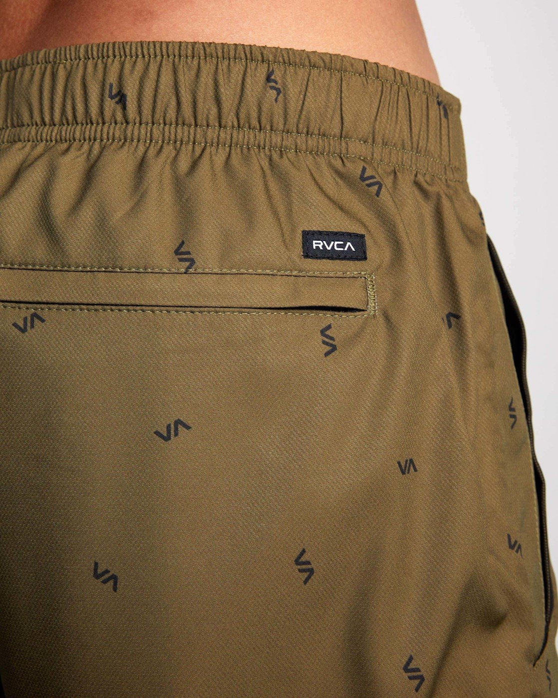 "11 YOGGER IV ATHLETIC SHORTS 17"" Brown V2091YGR RVCA"