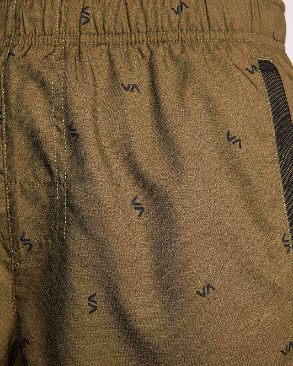 "16 YOGGER IV ATHLETIC SHORTS 17"" Brown V2091YGR RVCA"
