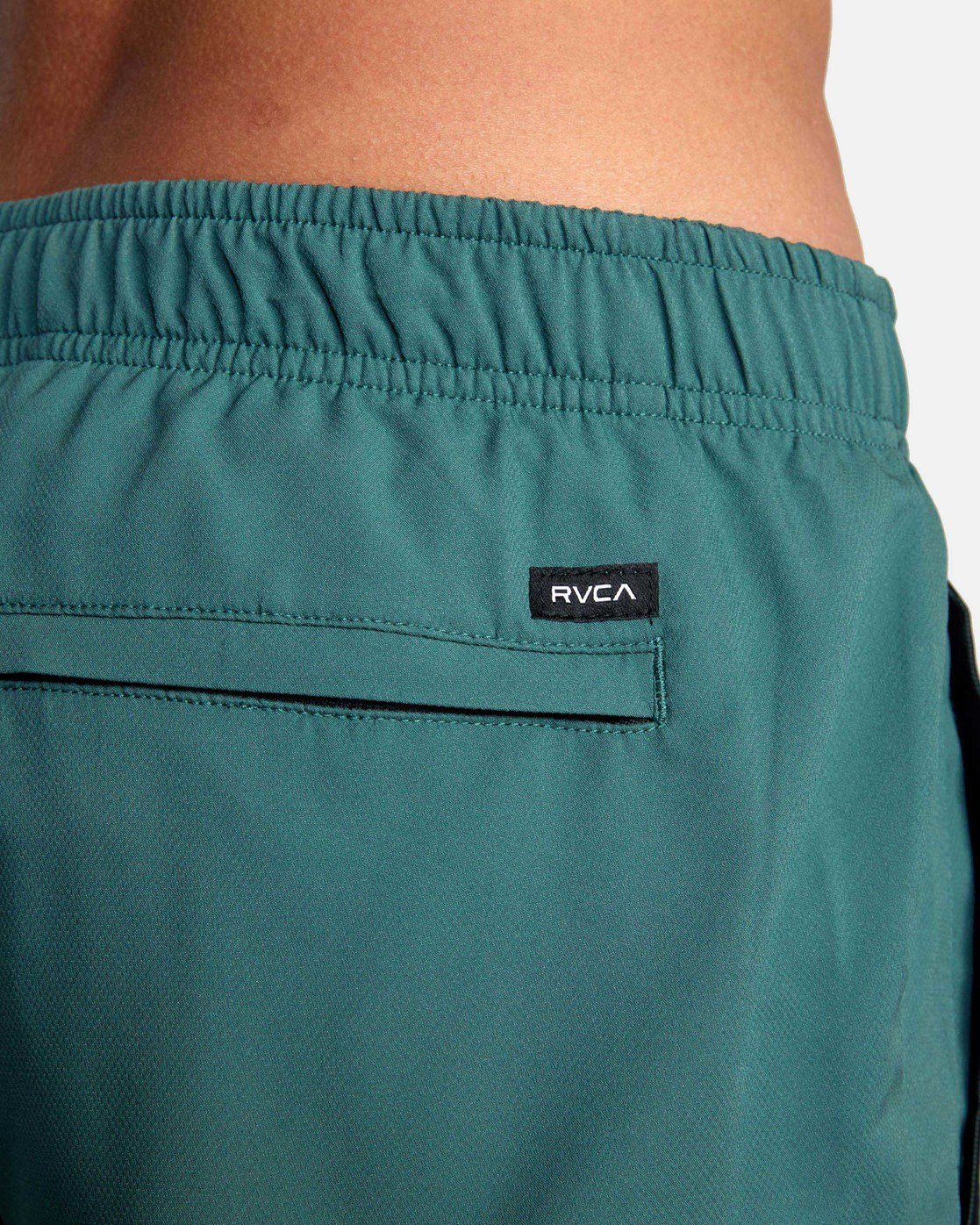 "10 YOGGER IV ATHLETIC SHORTS 17"" Green V2091YGR RVCA"