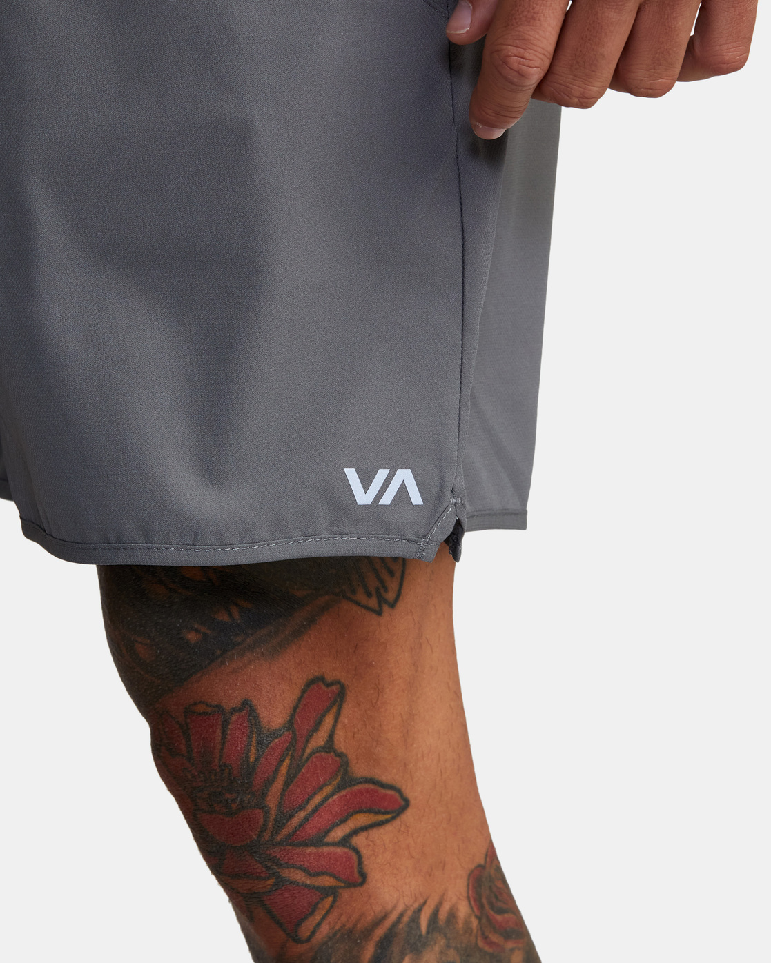 "3 YOGGER IV Recycled 17"" WORKOUT SHORT Grey V2091YGR RVCA"