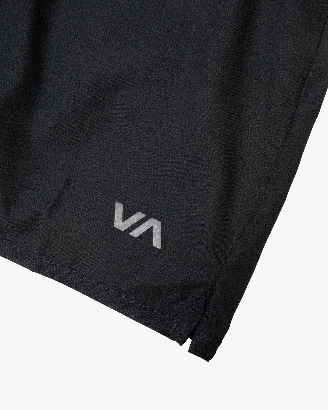"18 YOGGER STRETCH ATHLETIC SHORTS 17"" Black V2103RYS RVCA"