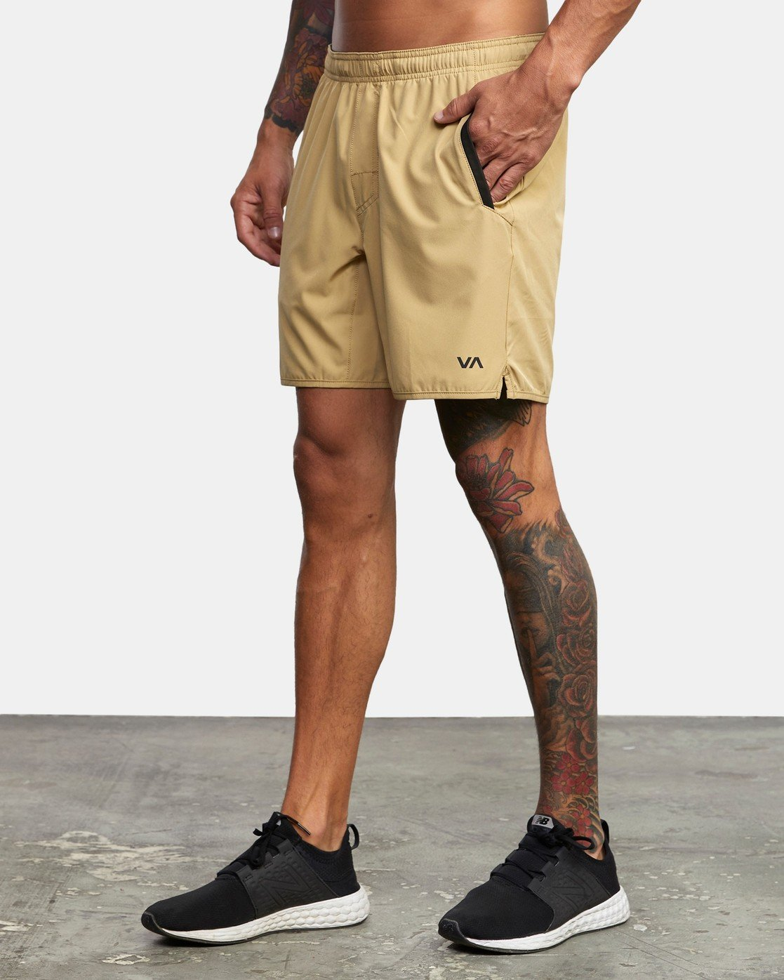 "2 YOGGER 17"" STRETCH SHORT Brown V2103RYS RVCA"