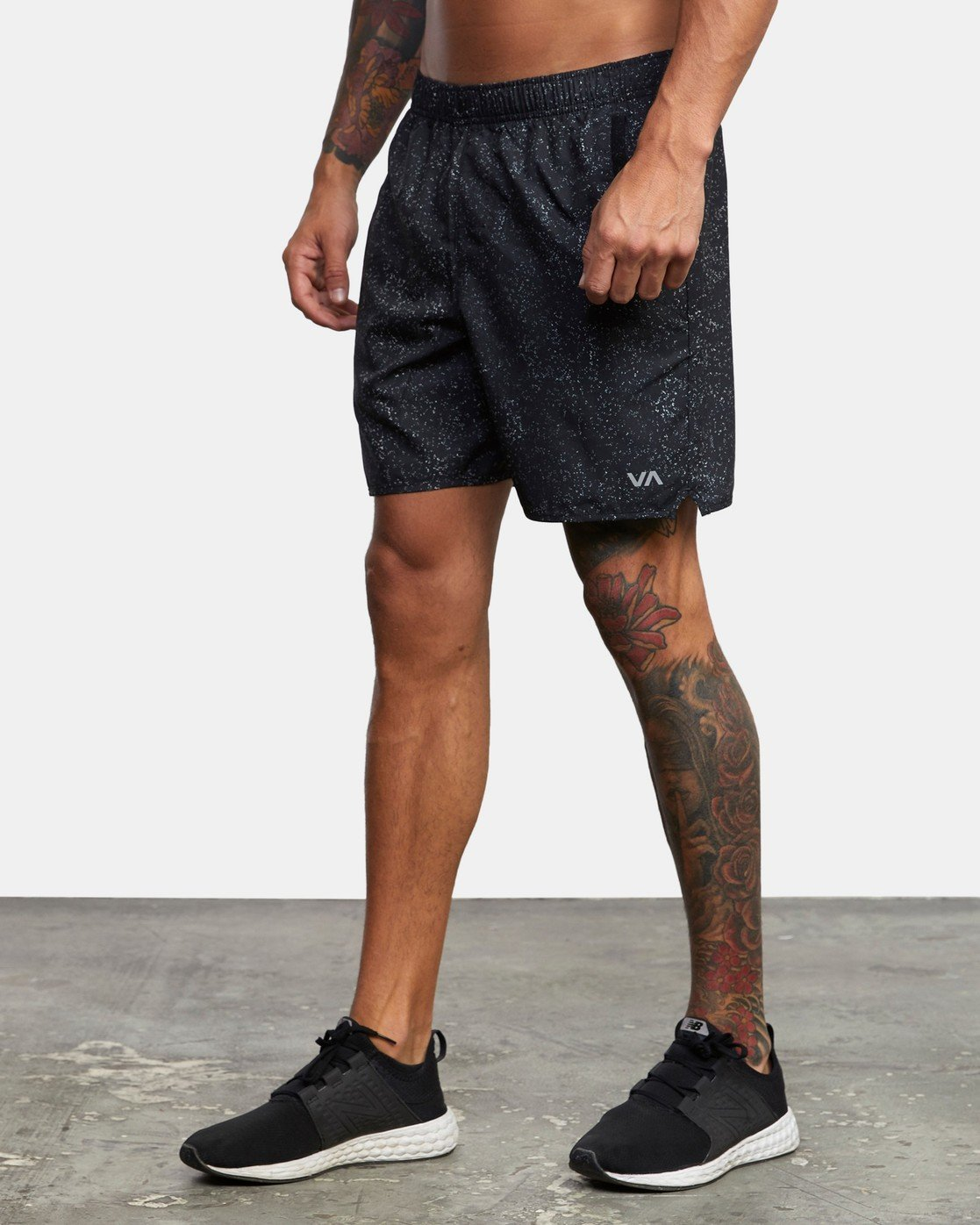 "2 YOGGER IV 17"" WORKOUT SHORT Black V2133RYG RVCA"