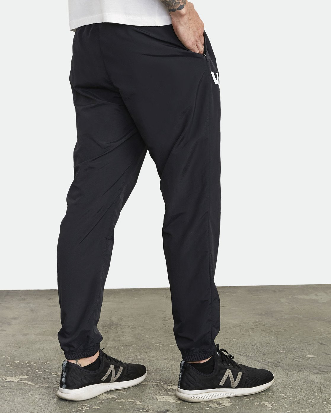 2 UTILITY TRACK PANT Black V3021RUT RVCA