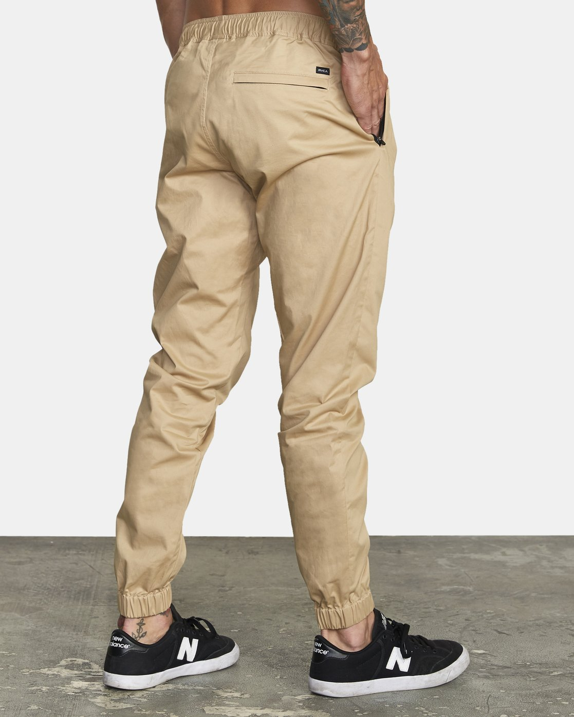 4 SPECTRUM CUFFED WOVEN PANT Brown V3031RSC RVCA