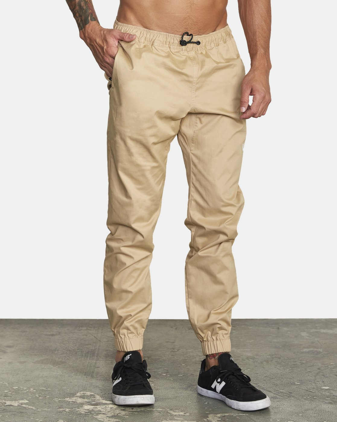 5 SPECTRUM CUFFED WOVEN PANT Brown V3031RSC RVCA