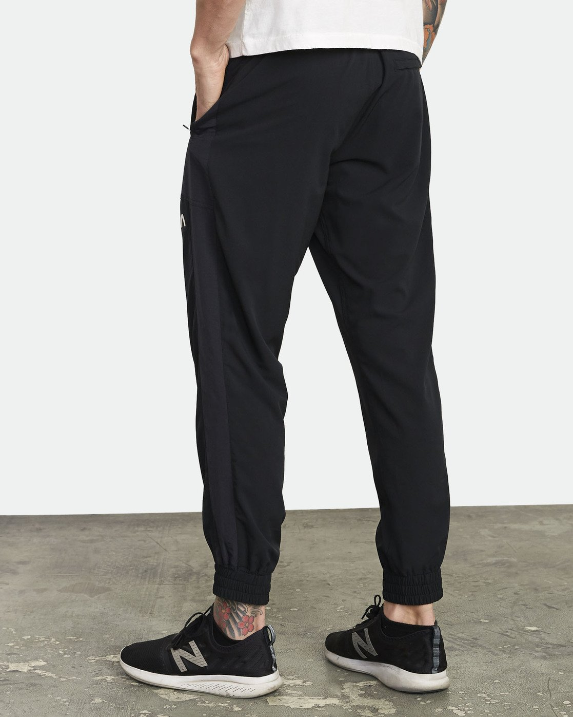 4 YOGGER TRACK PANT Black V3041RYP RVCA