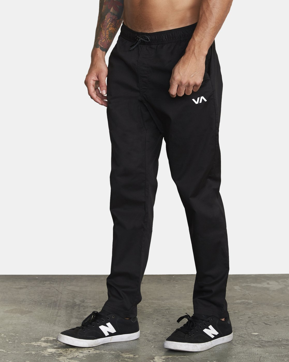 1 SPECTRUM III WOVEN PANT Black V3061RSP RVCA