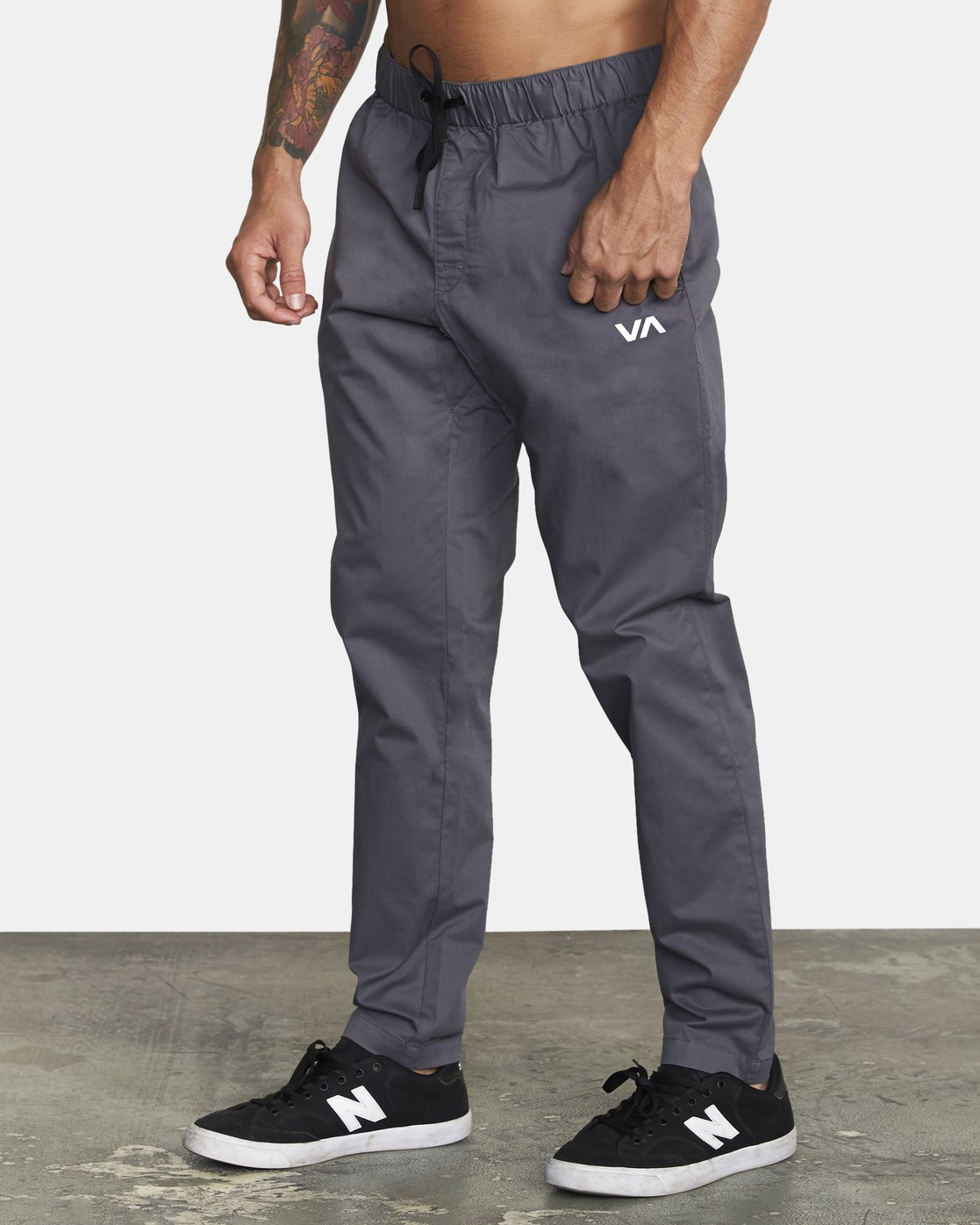 2 SPECTRUM III WOVEN PANT Grey V3061RSP RVCA