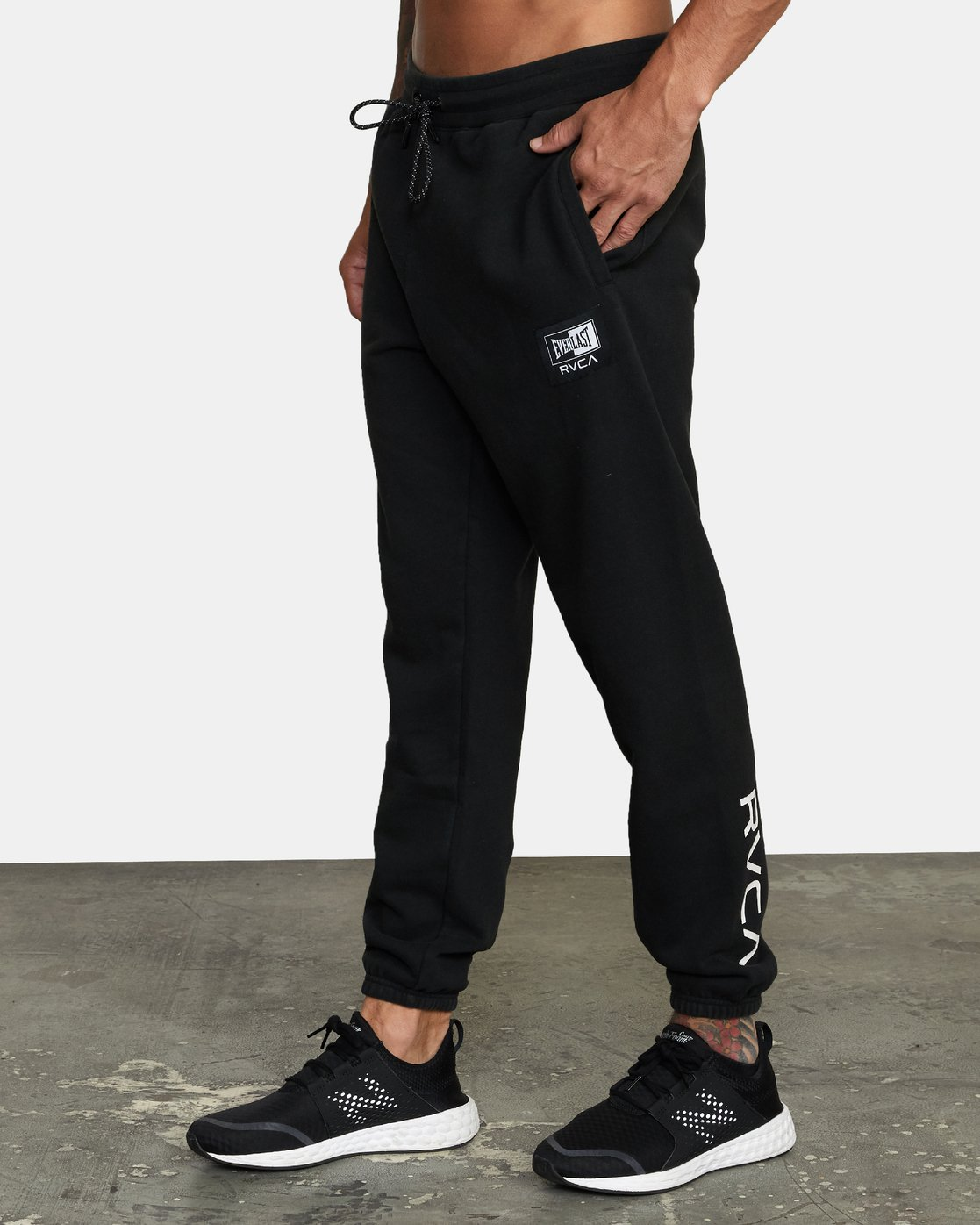 3 EVERLAST RELAXED SWEATPANTS Black V3083RES RVCA