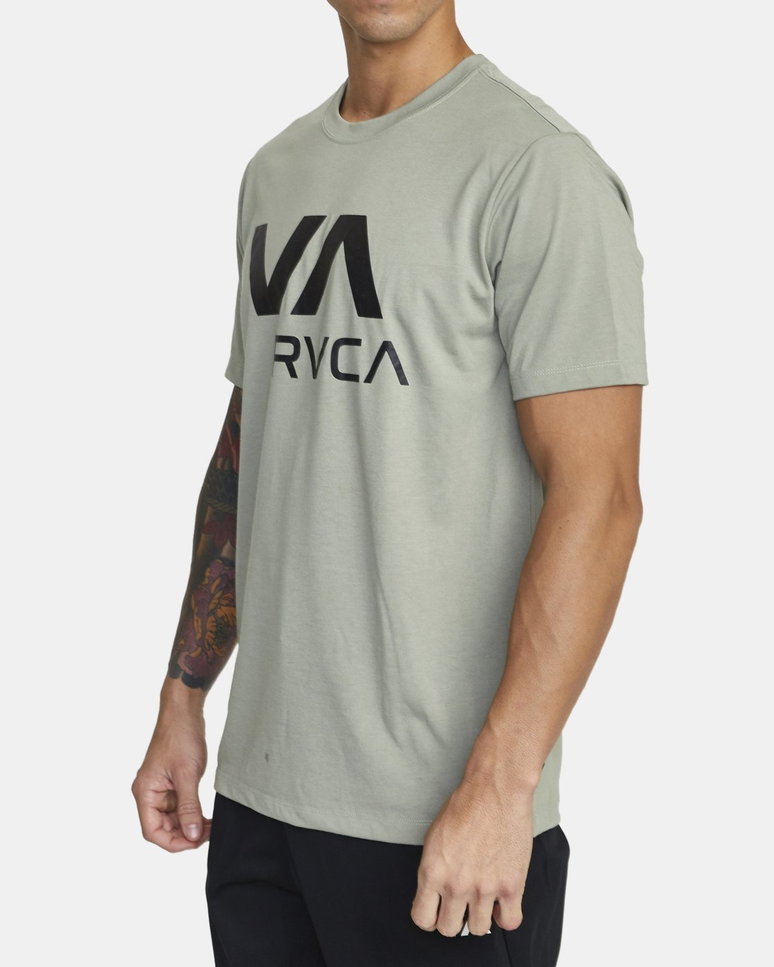 1 VA RVCA SHORT SLEEVE TEE Multicolor V4043RVR RVCA