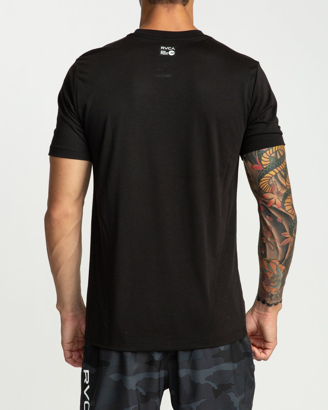 4 Defer All The Way Performance T-Shirt Black V404URDE RVCA