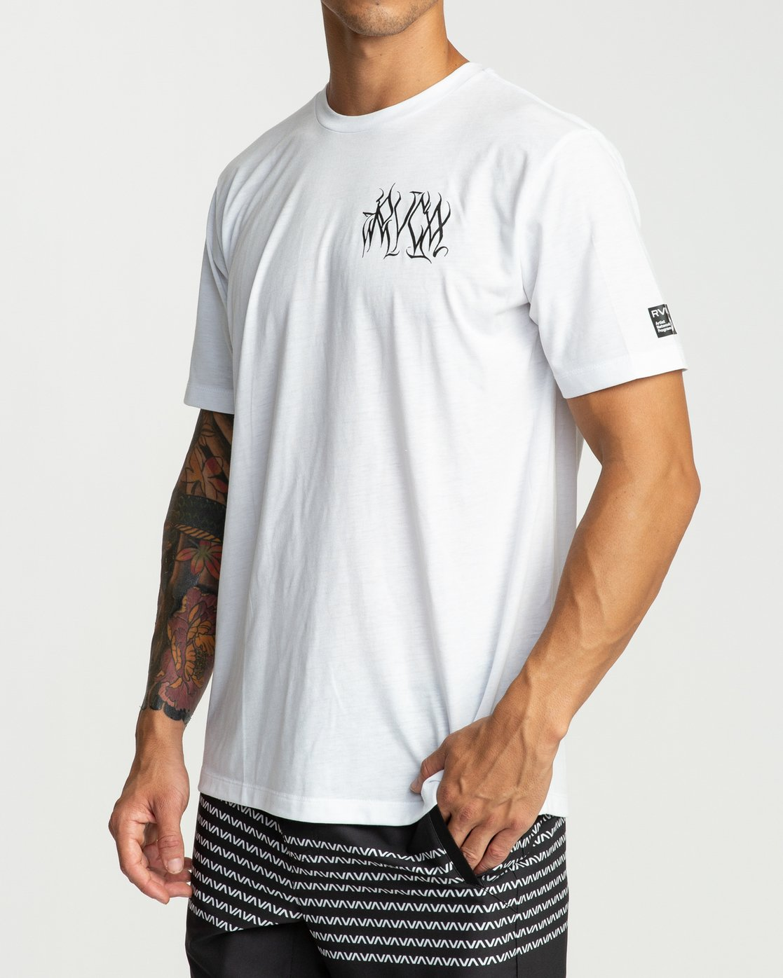 4 Defer Chest Performance T-Shirt White V404UREF RVCA