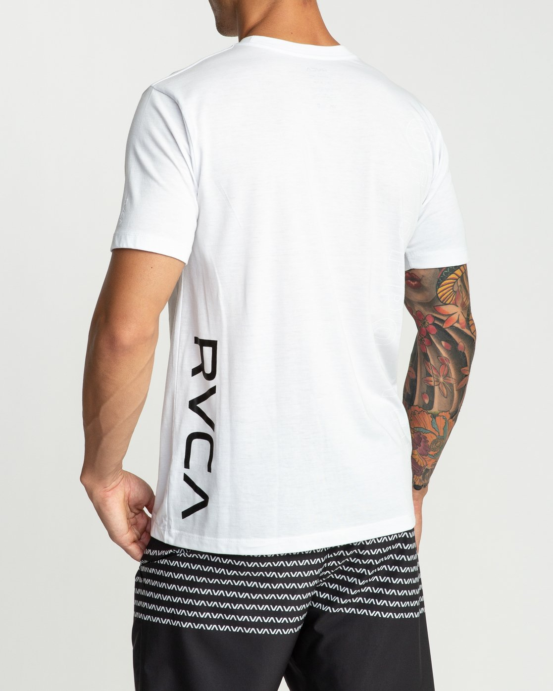 4 Pin Down Performance T-Shirt White V404URPD RVCA