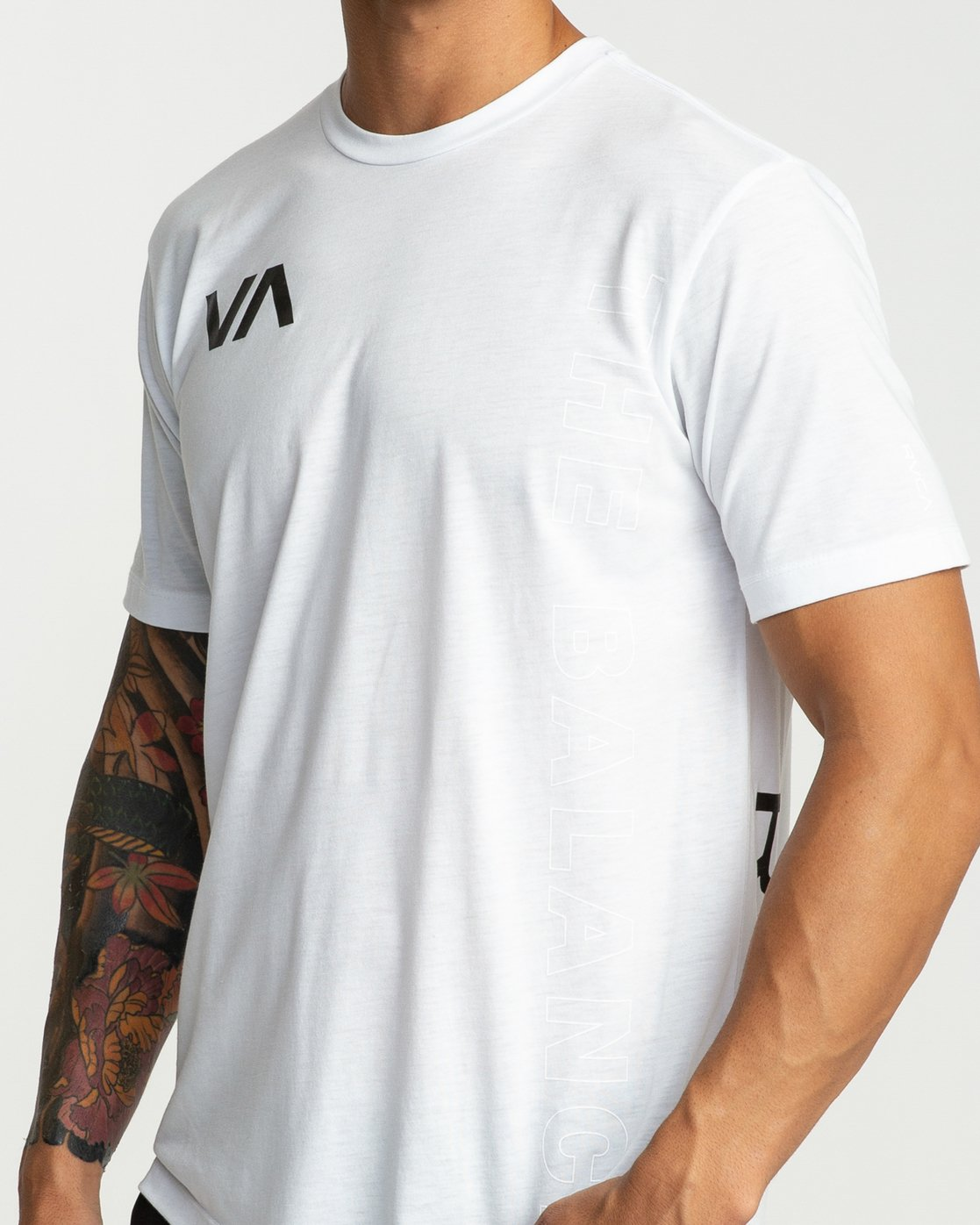 6 Pin Down Performance T-Shirt White V404URPD RVCA