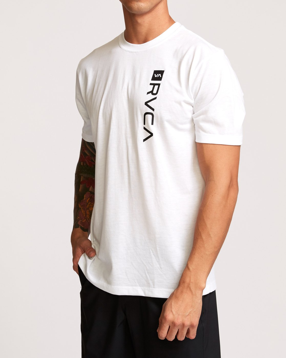 3 RVCA Box Drirelease T-Shirt White V404VRBO RVCA