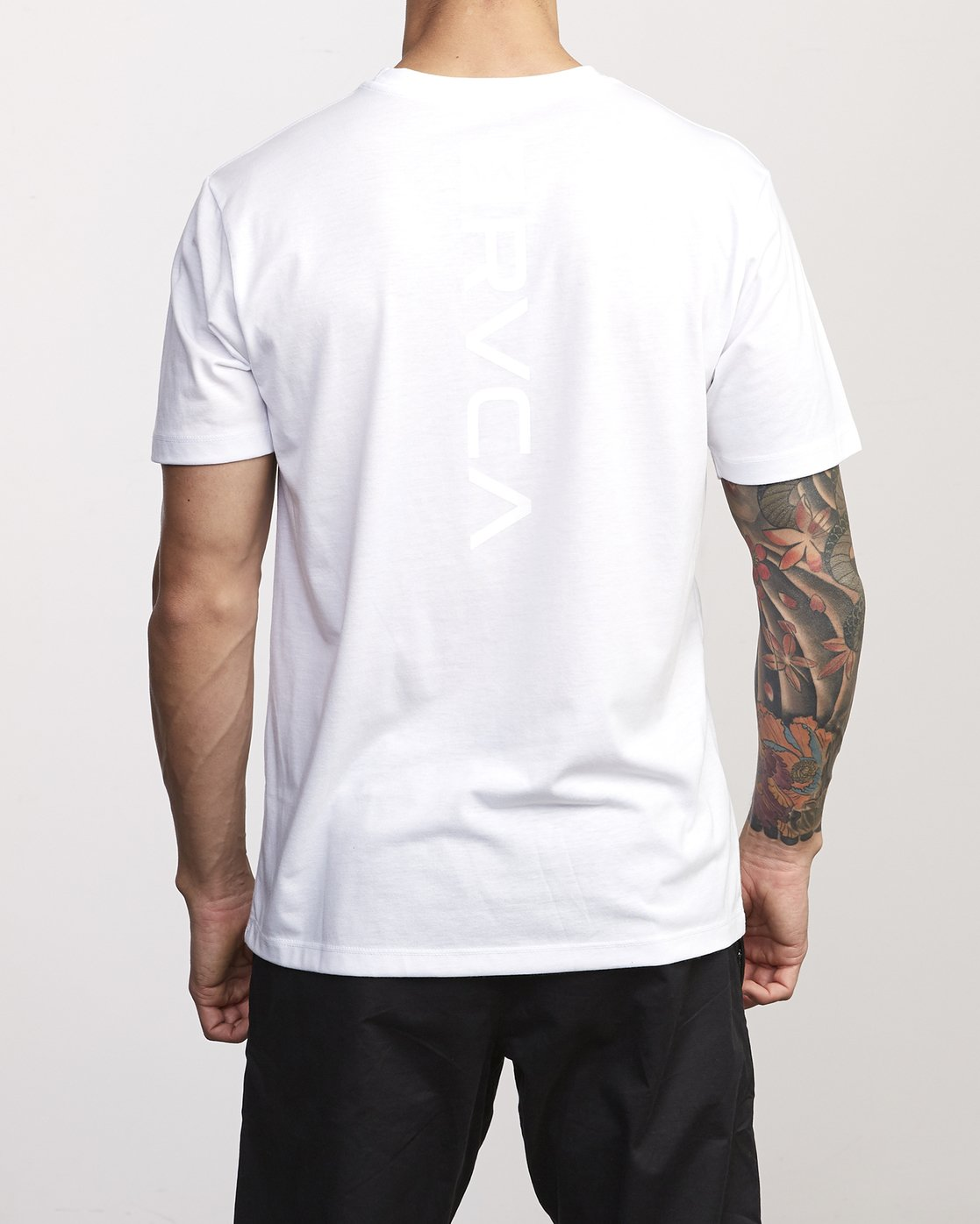 3 VA Mark Drirelease T-Shirt White V404WRVM RVCA