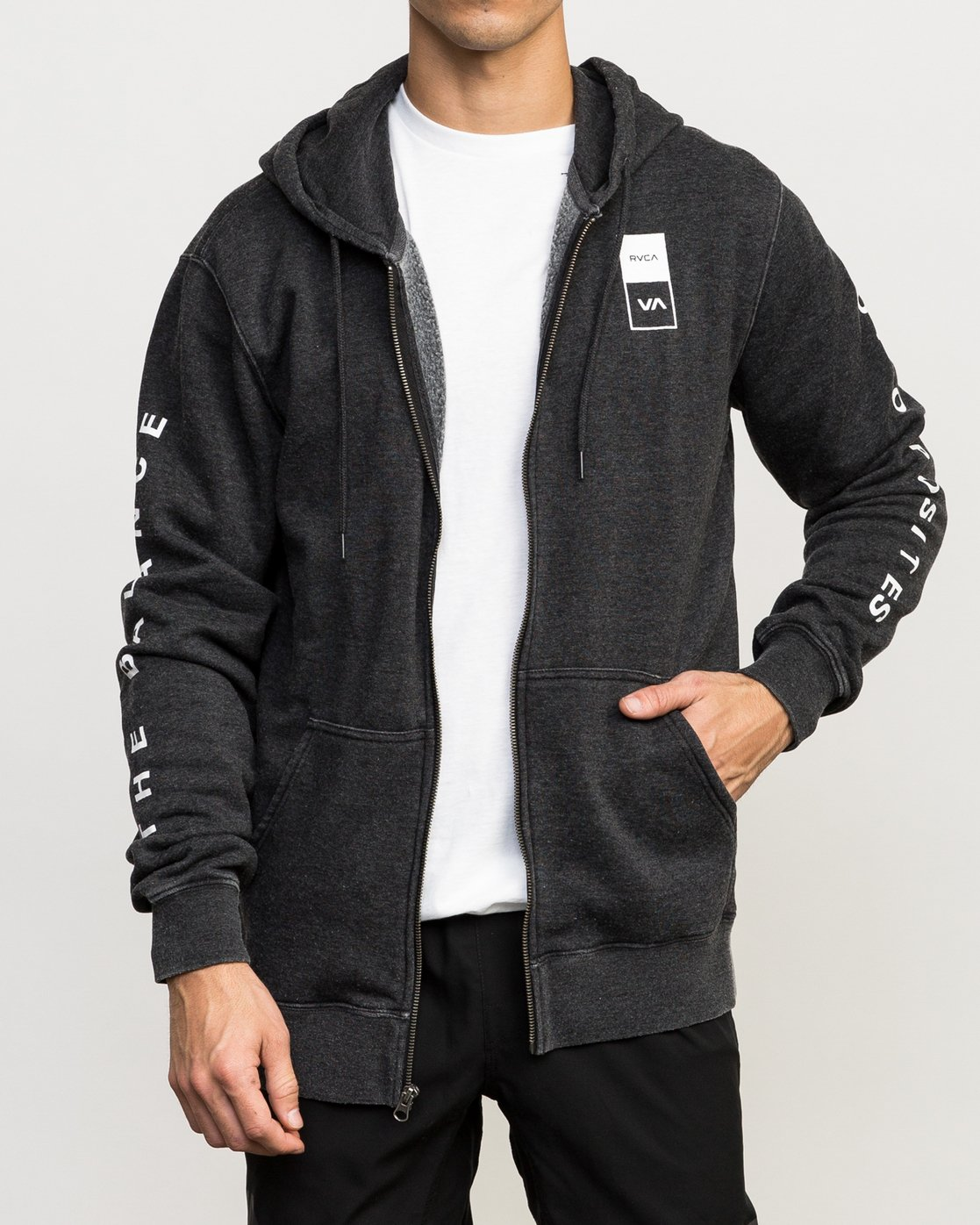 2 VA Guard Fleece Hoodie Black V605QRGH RVCA