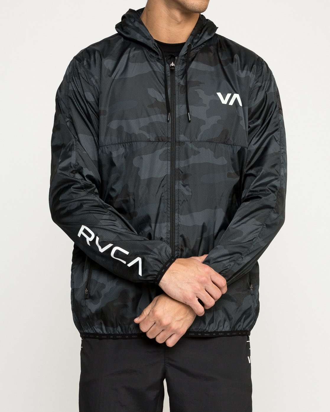 2 Hexstop IV Jacket Brown V701TRHP RVCA