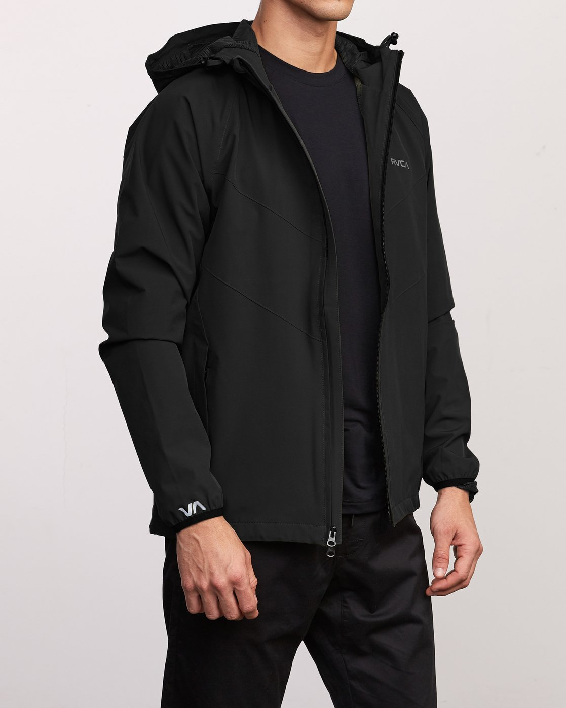 4 VA Windbreaker Jacket Black V705TRWI RVCA