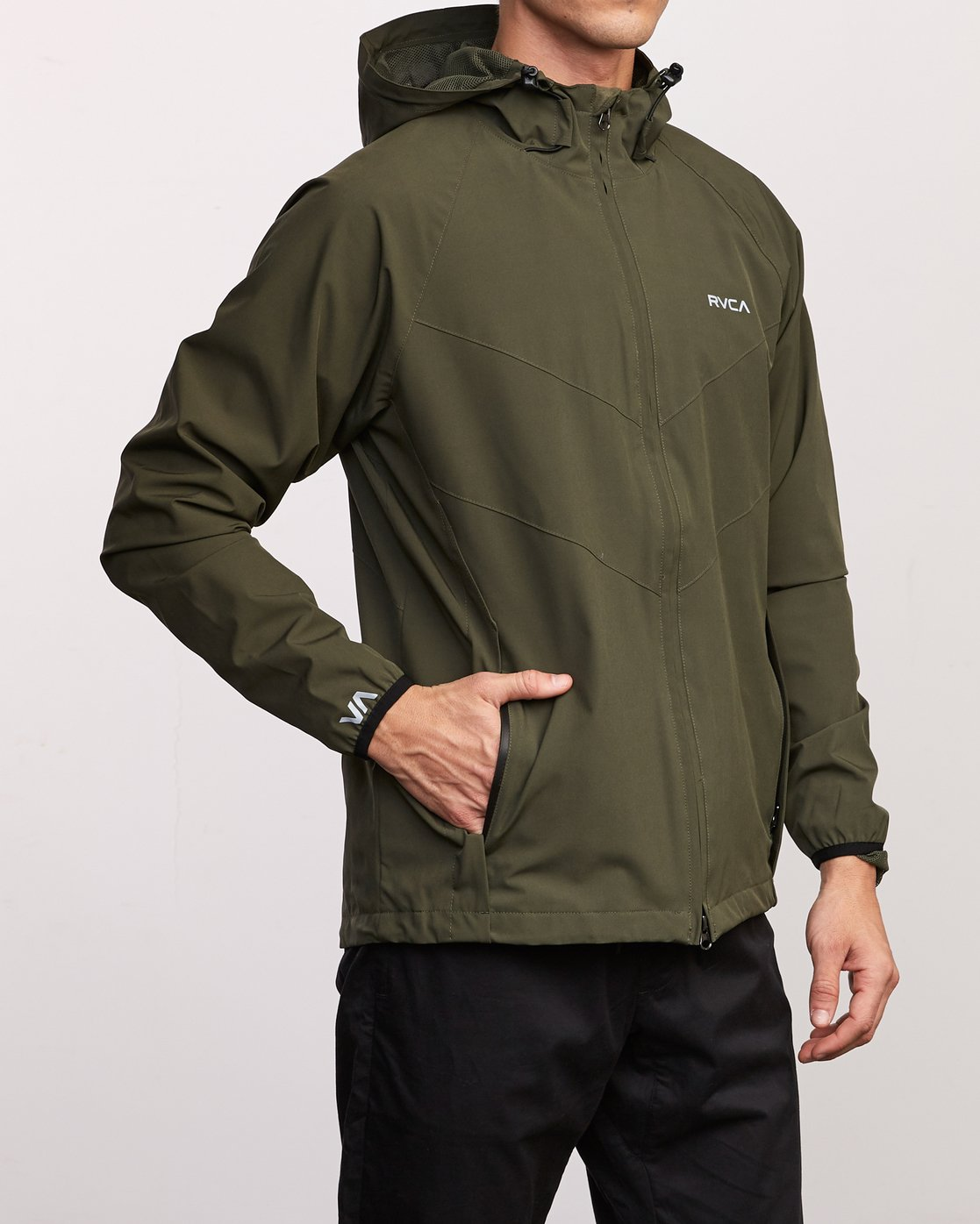 5 VA Windbreaker Jacket Green V705TRWI RVCA