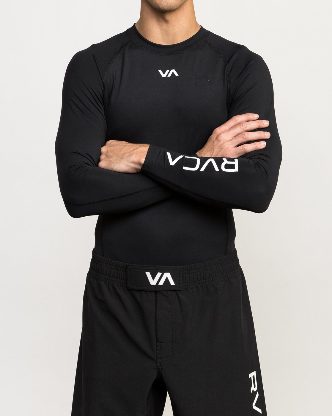 2 VA Performance Long Sleeve Shirt Black V902QRCL RVCA