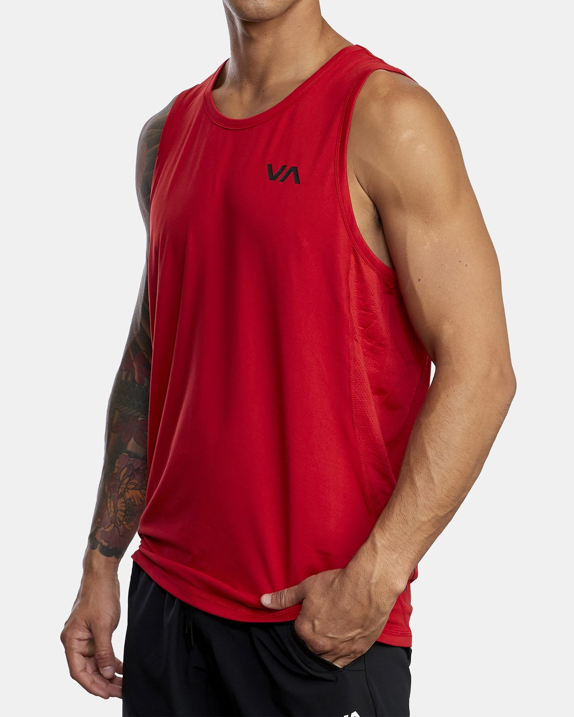 4 SPORT VENT TANK TOP Red V9031RST RVCA