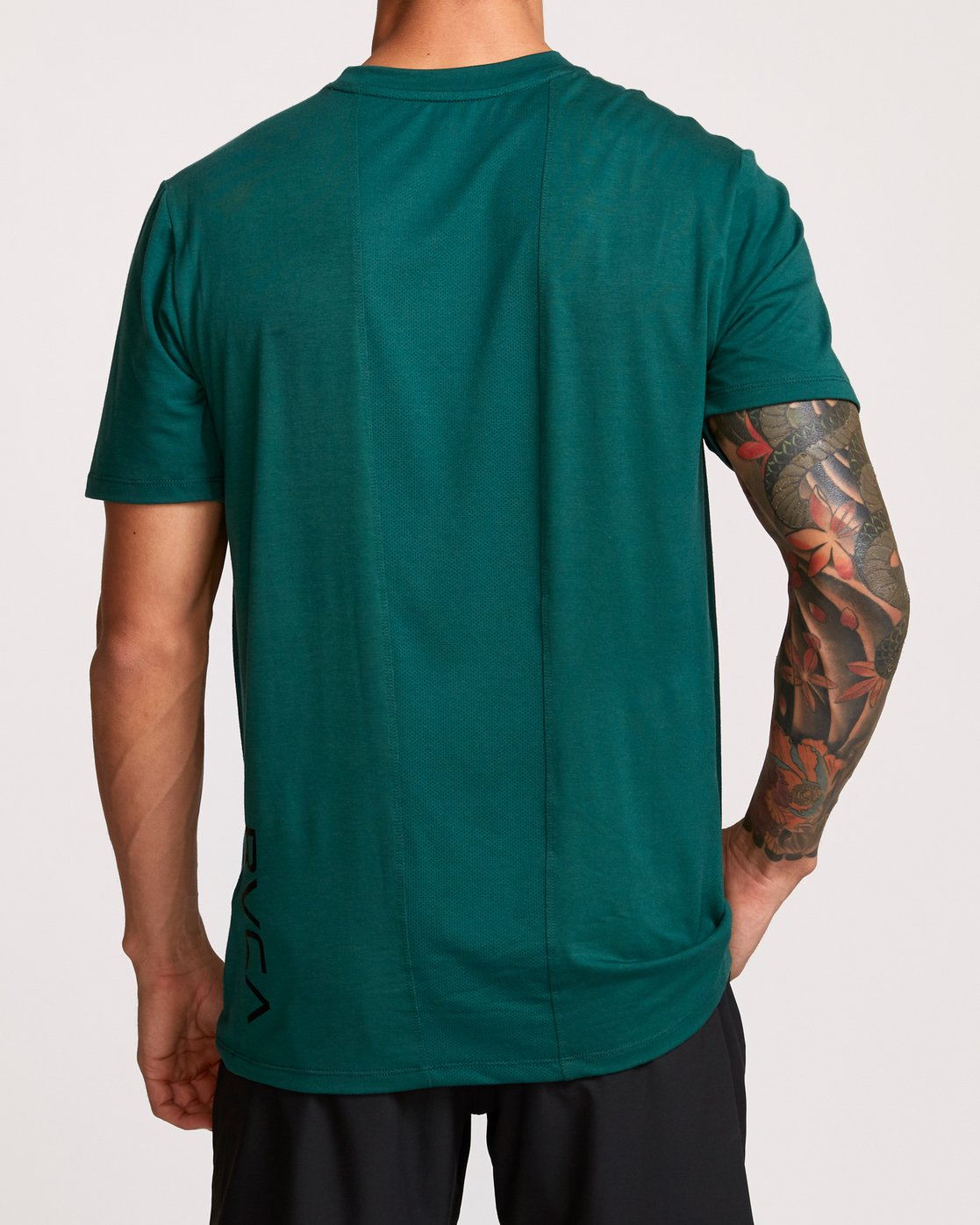 3 VA Vent Short Sleeve Top Green V904QRVS RVCA