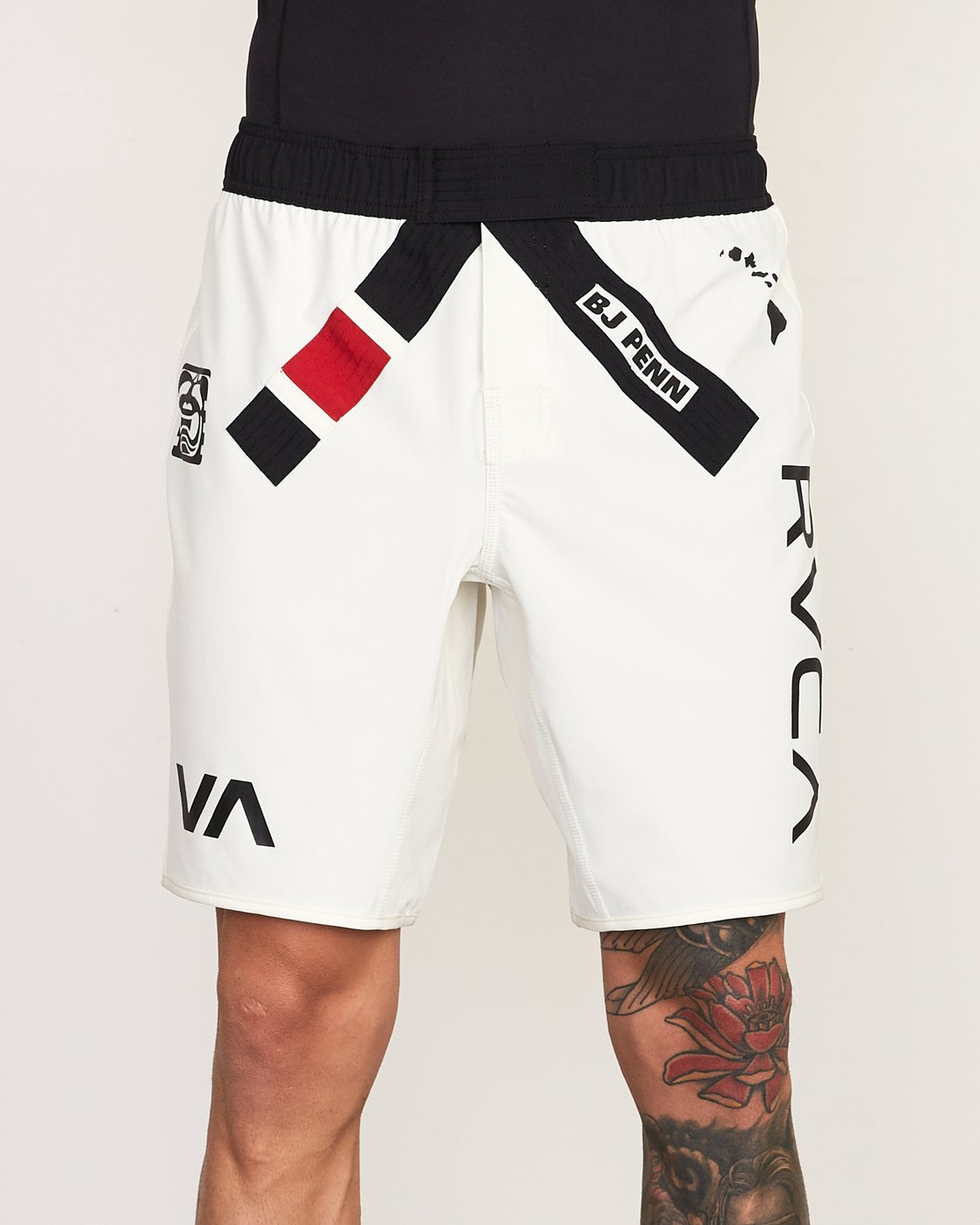 6 Limited Edition BJ Penn Legend Short White VG127BLS RVCA